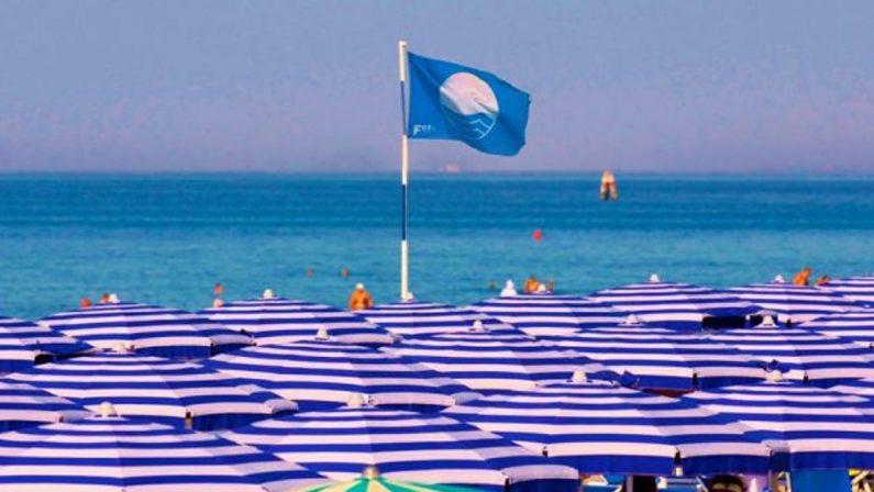 """Bandiere Blu 2021, aumentano le località con spiagge """"eccellenti"""": 201 i Comuni premiati"""