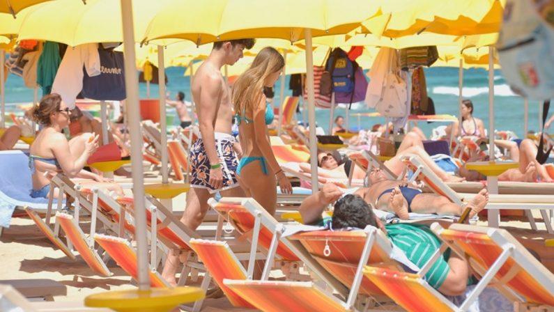 Il turismo ko punta sulla rinascita di luglio: prenotazioni boom dopo le mosse di Draghi