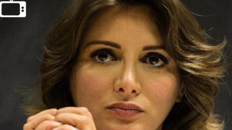 Intervista ad Anna Falcone: «Non sono l'apostrofo rosa di chicchessia»