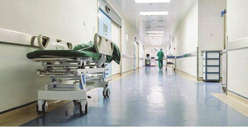 Posti letto negli ospedali e rifiuti, è sprofondo Sud