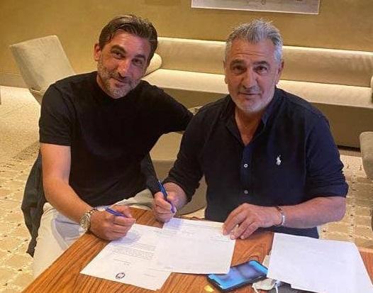 Calcio, Modesto ha firmato con il Crotone: contratto biennale