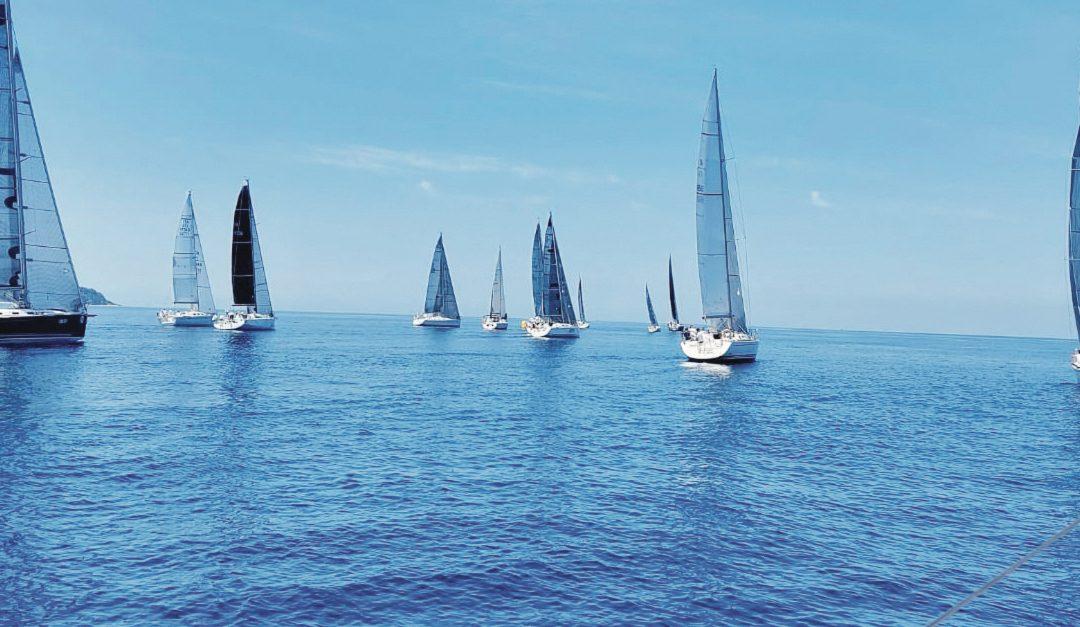 Alcune delle imbarcazioni partecipanti alla Cyclops route