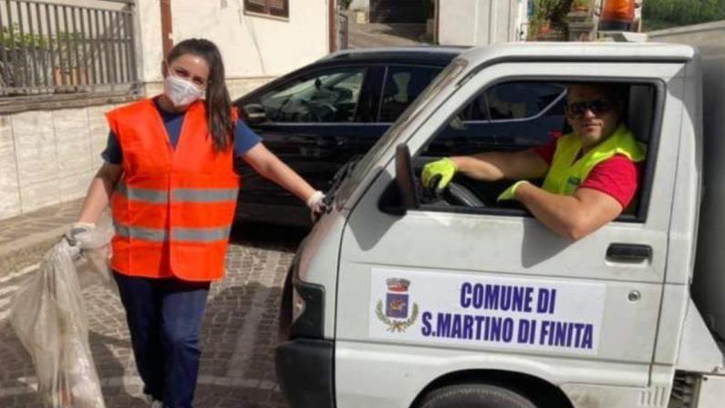 Tutti i netturbini in malattia e i politici indossano la tuta: succede nel Cosentino