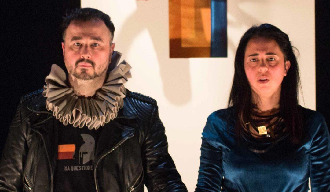 Filippo Gessi e Teresa Timpano in scena (foto di Elisa Capocci)