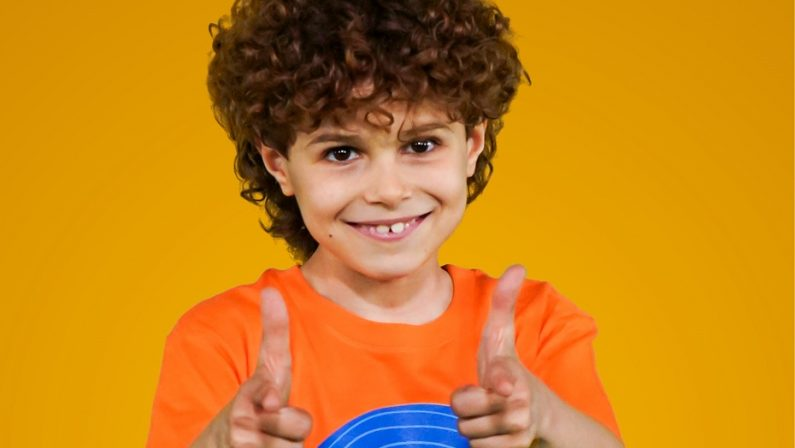 Zecchino d'Oro, in gara il calabrese Michele Bruzzese di 8 anni