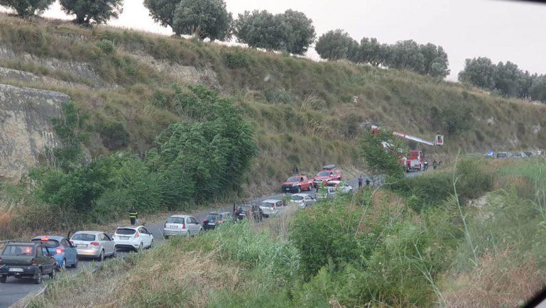 Tragedia nel Vibonese, uomo muore precipitando in un burrone