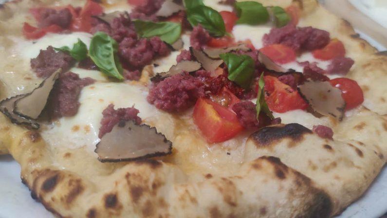 A Reggio Calabria nasce la pizza Super Mario in onore del presidente del Consiglio Mario Draghi