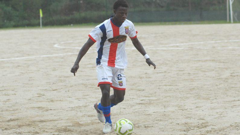 Dalla Costa d'Avorio con il sogno di poter sfondare nel mondo del calcio