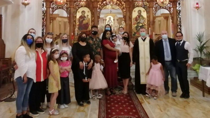 A Civita è festa per il battesimo della piccola Beatrice, ospite del centro Sai