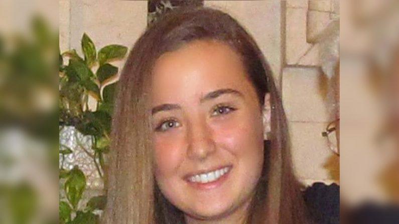 Camilla muore a 18 anni dopo il vaccino AstraZeneca
