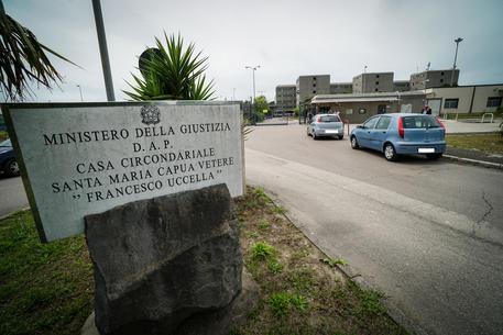 Detenuti picchiati in carcere, le scuse di Draghi e Cartabia