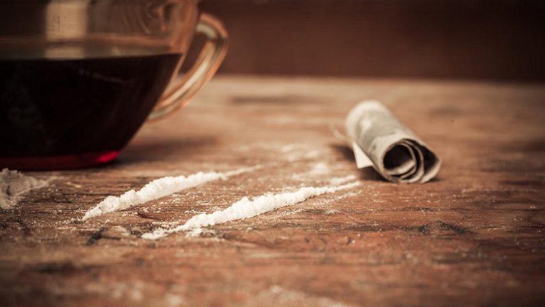 Al bar niente bibite, ma dosi di cocaina: arrestato il titolare nel Cosentino