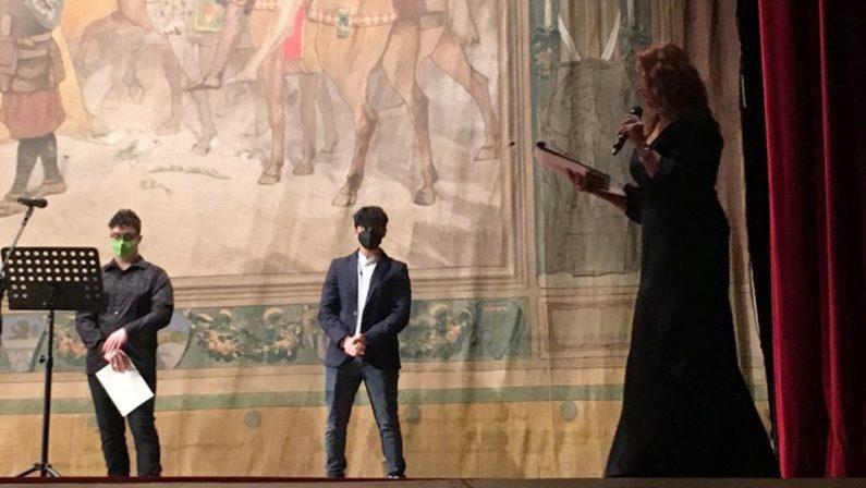 Corti Cosenza, la prima serata incorona i vincitori dei concorsi di scrittura creativa e cortometraggi