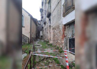 crollo centro storico cosenza