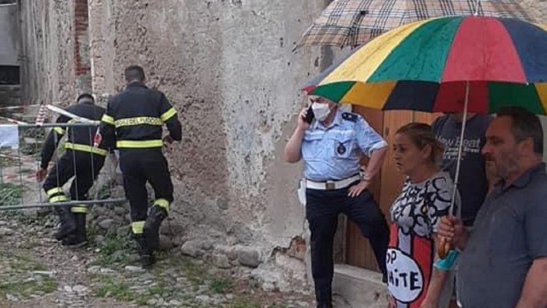 Maltempo: crolla il solaio di un immobile, paura nel centro storico di Cosenza