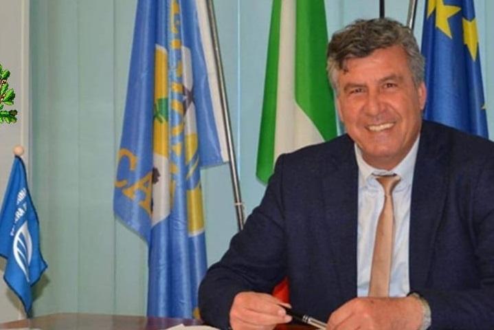 Il sindaco Francesco Mauro