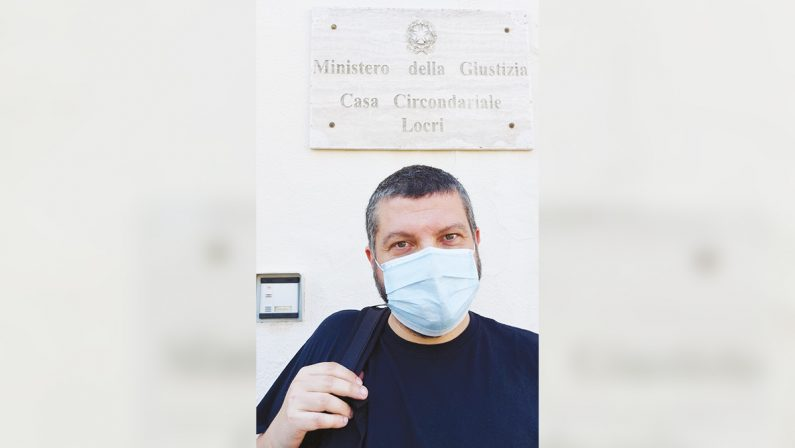 """Rap, sogni e segreti nel carcere di Locri con Francesco """"Kento"""""""