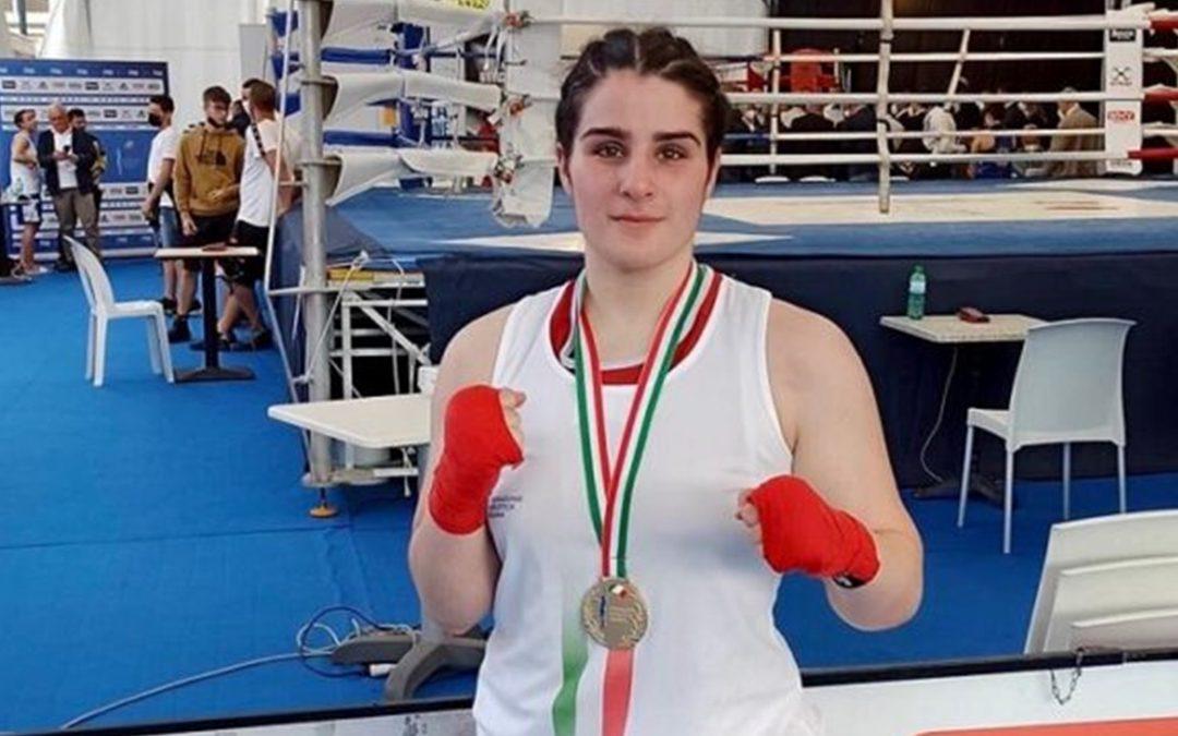 Maria Pia De Fazio con la medaglia al collo