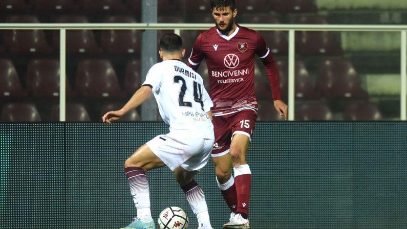 La Reggina e il centrocampista Nicolò Bianchi assieme per altre due stagioni
