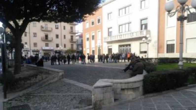 Crotone, la protesta dei pescatori: «Subito le nostre royalty»