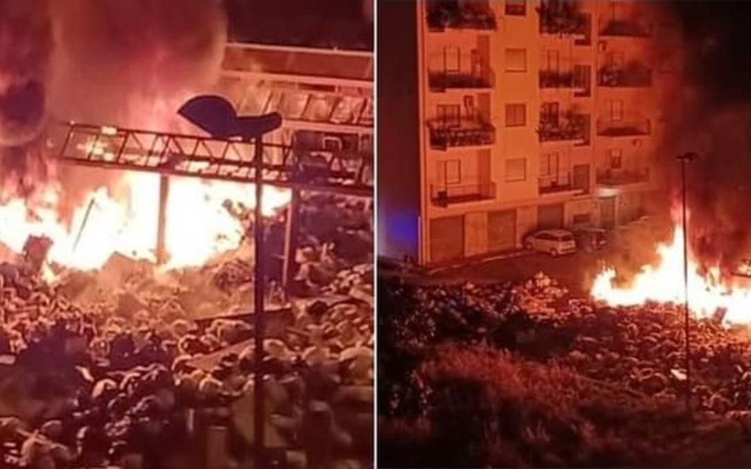Rifiuti dati alle fiamme a Reggio Calabria