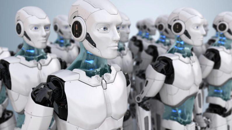 C'è anche un robot per tenere compagnia agli anziani. Ma che tristezza