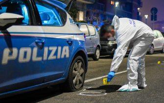 E' l'artista De Maio il ferito grave nella sparatoria ai quartieri Spagnoli di Napoli
