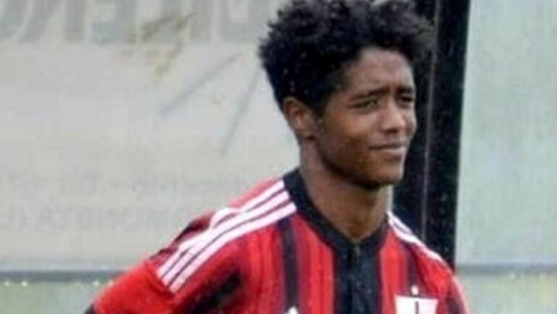 Seid, suicida a 20 anni. Ai funerali il suo atto d'accusa contro il razzismo