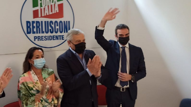 Verso il voto, Ronzulli (FI) risponde a Meloni: «Occhiuto candidato migliore, FdI era d'accordo»