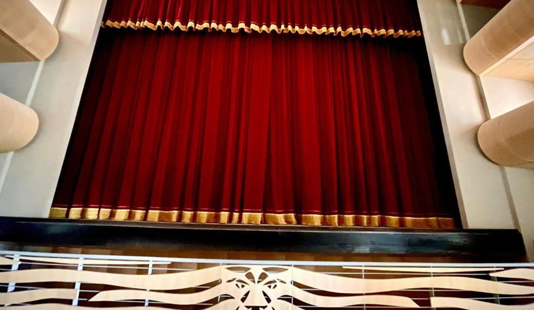 Il palco del nuovo teatro di Vibo