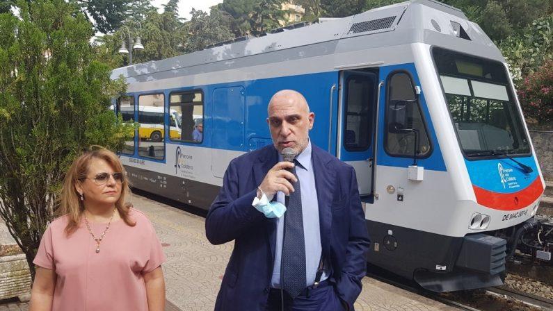 Trasporti, due nuovi treni di Ferrovie della Calabria per la tratta Catanzaro Lido-Cosenza