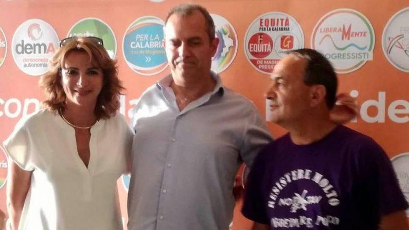 Calabria al voto, Amalia Bruni con 8 liste e de Magistris con 7: campagna elettorale nel vivo