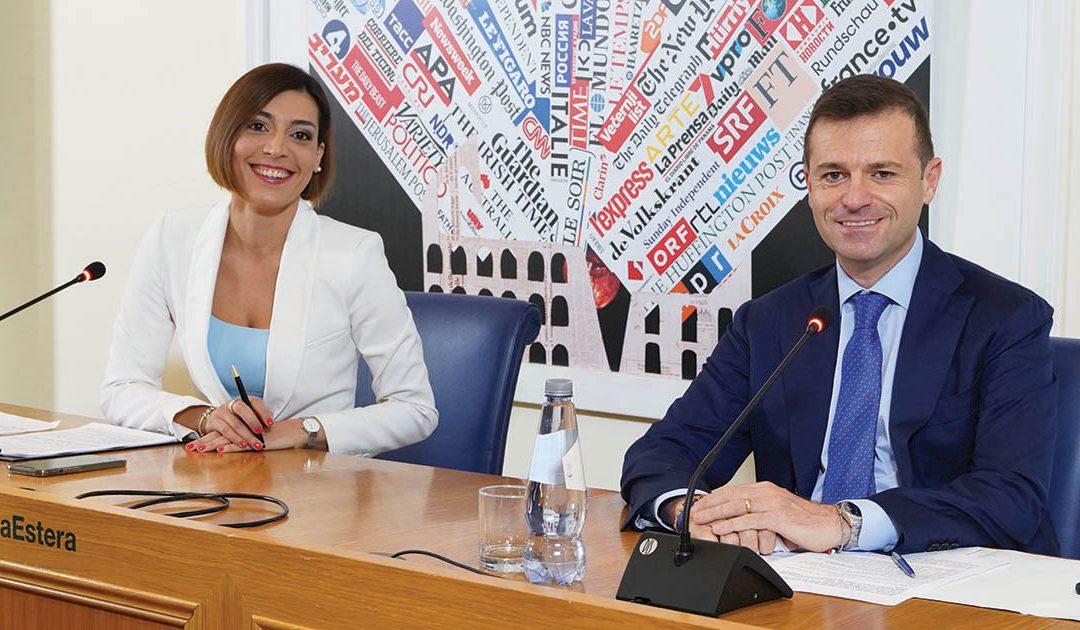 La giornalista e conduttrice Filomena Leone con il sindaco Massimo Coppola