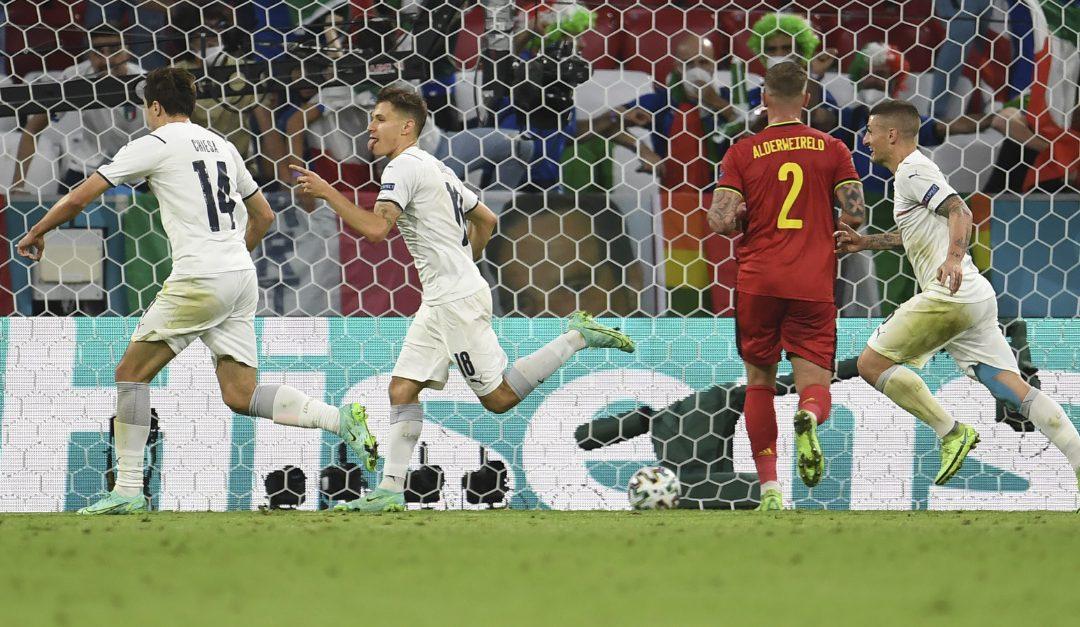 Barella esulta dopo il gol che ha sbloccato la partita