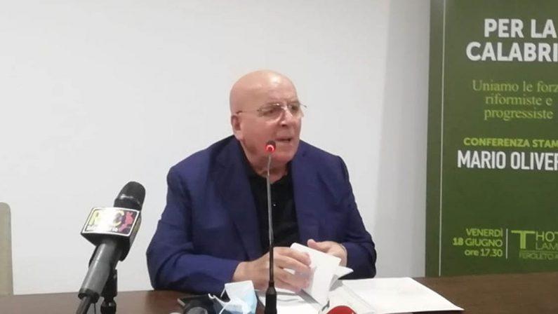 """Voto, Bruni incontra i consiglieri regionali progressisti ma tra De Magistris e Oliverio """"cresce"""" l'intesa"""