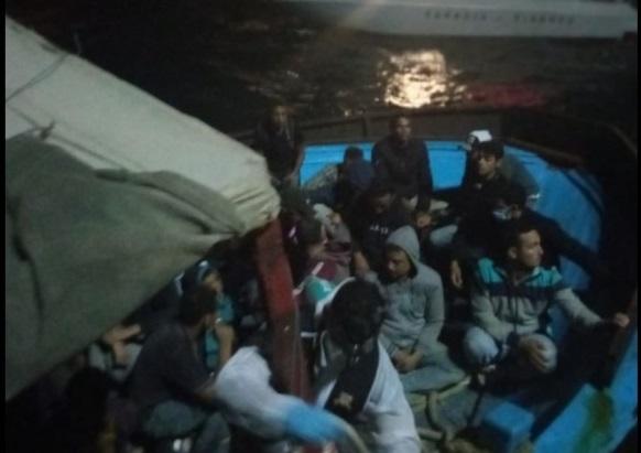 Sbarco di migranti nel porto di Reggio. La Calabria sola nella gestione di 3.300 arrivi