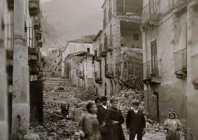 Roberto Menasci Bagnara Calabria 1905