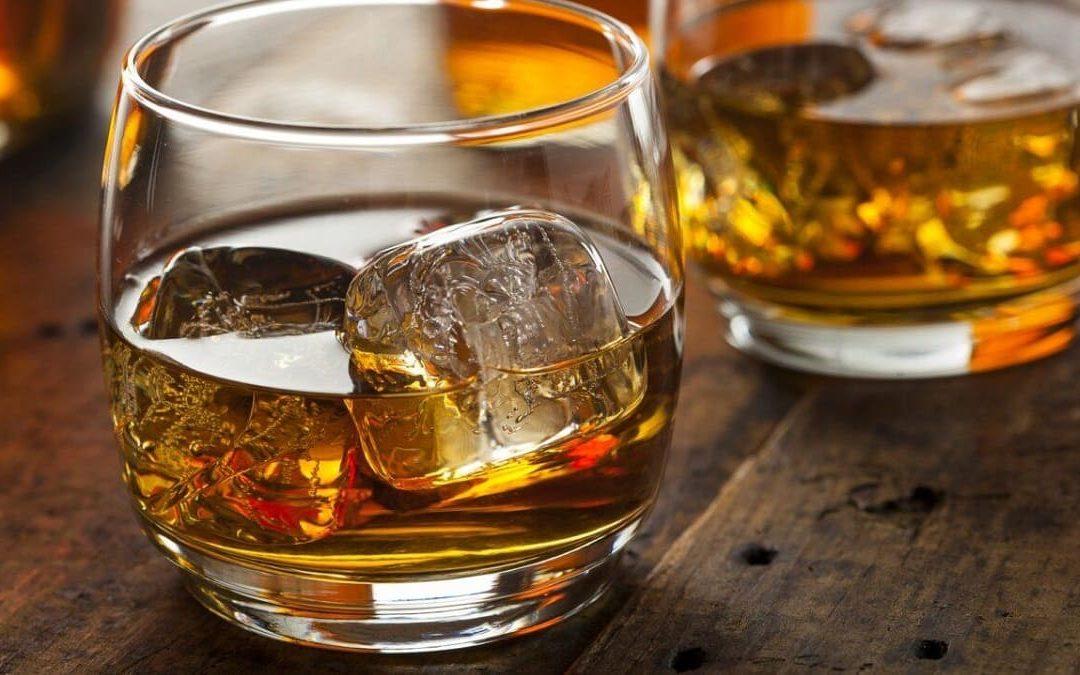 Due bicchieri di amaro
