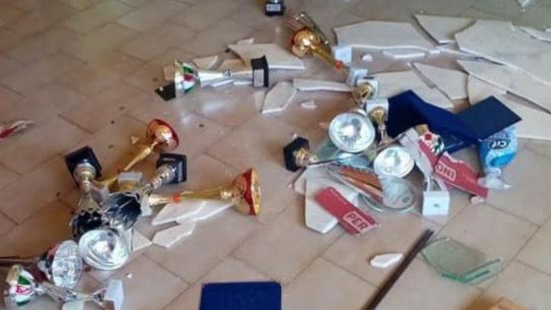 Gli sbandieratori di Avigliano vittime di atti vandalici: strumenti distrutti
