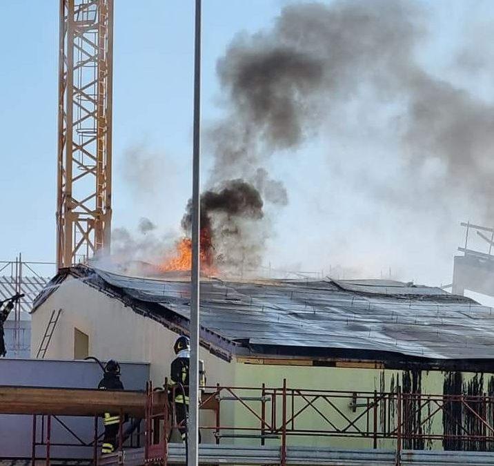 """Incendio nel cantiere della """"Bramante"""""""
