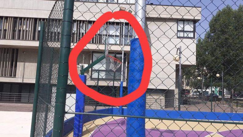 "Potenza, atto vandalico a Parco Aurora. La rabbia del sindaco: ""Bestie"""