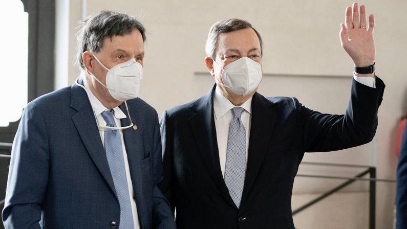 Draghi: l'economia si è rimessa in moto, il governo sosterrà i lavoratori