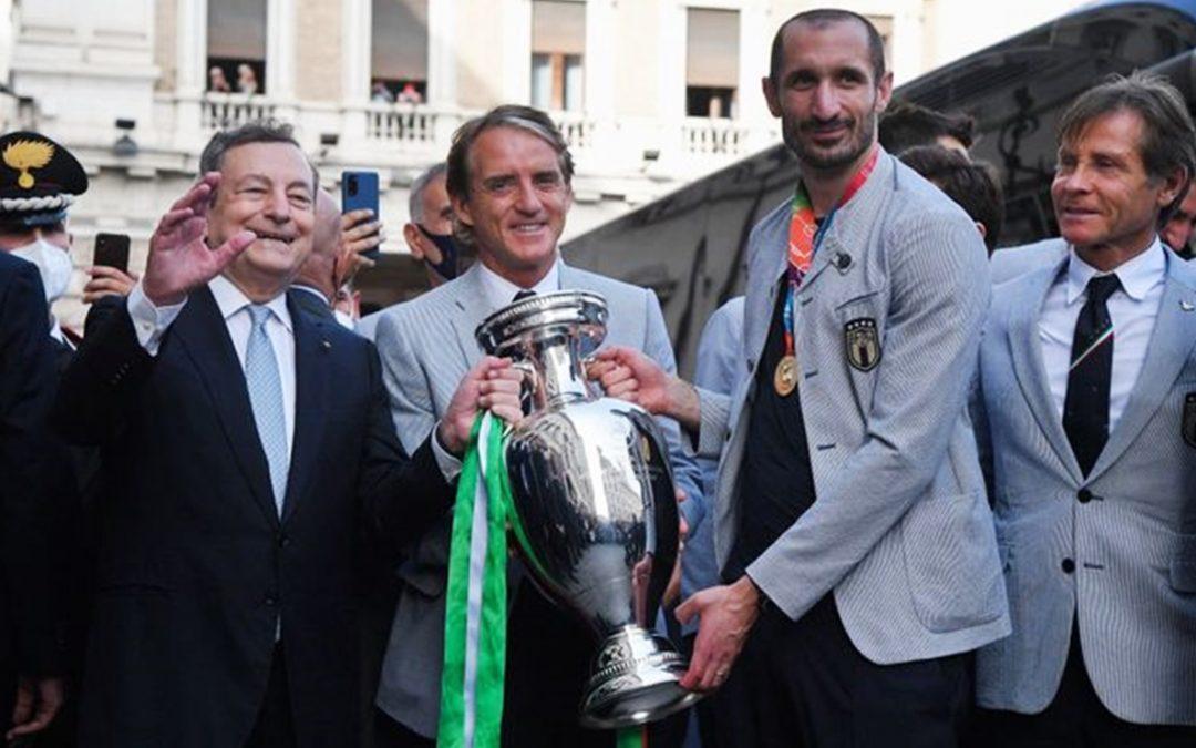 Draghi con Mancini e Chiellini