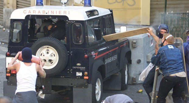 G8 di Genova, a Catanzaro la contromanifestazione con Placanica