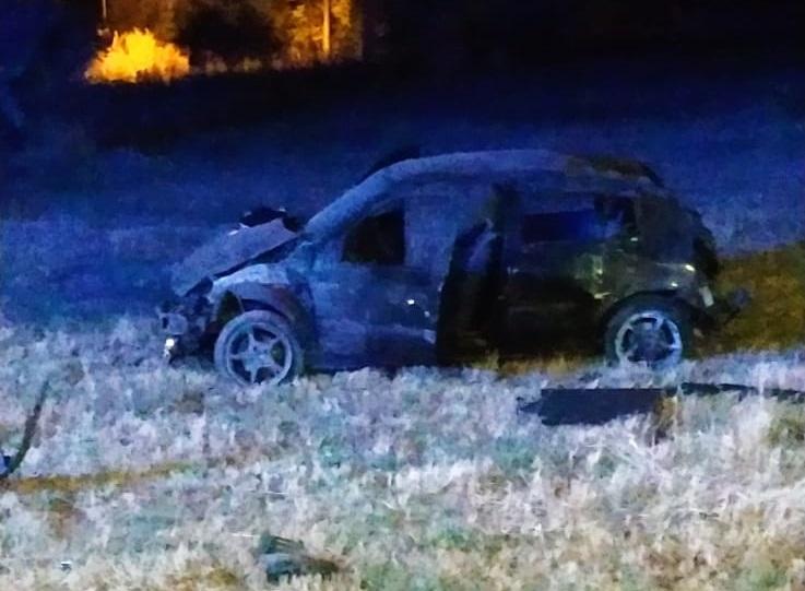 Auto fuori strada nel Cosentino, feriti quattro giovani