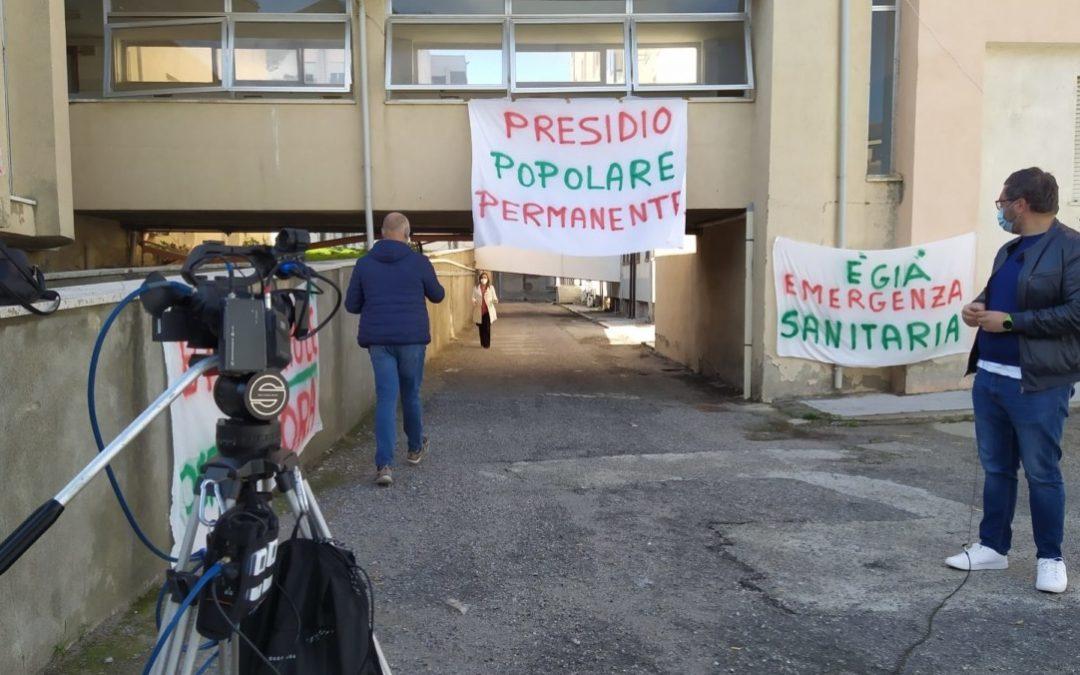 L'ospedale chiuso di Cariati e il presidio degli attivisti