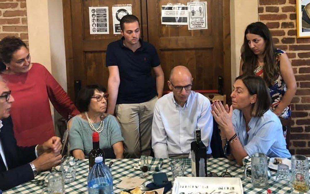 Il segretario del Pd Letta a tavola con Amalia Bruni, Enza Bruno Bossio e altri esponenti del partito
