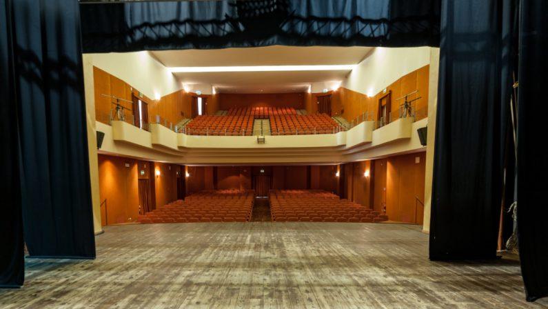 Scaduto il rapporto col Comune di Cosenza, il teatro Morelli è tornato ai proprietari