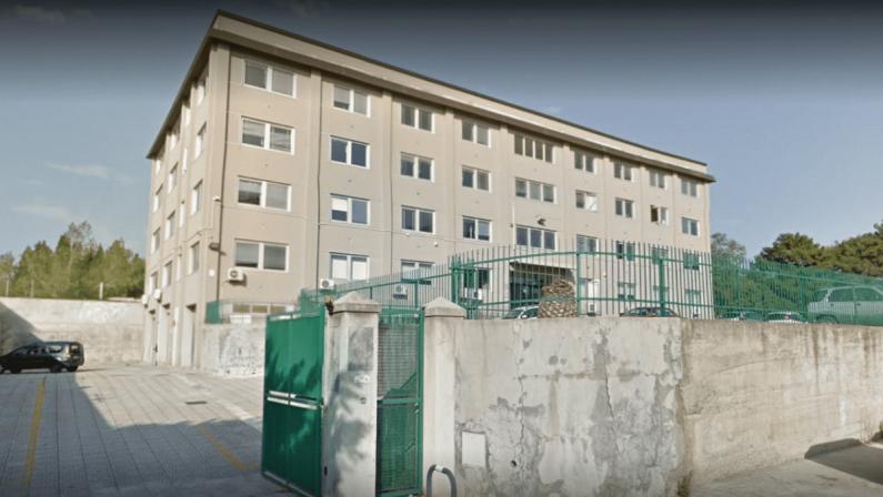 Reggio Calabria, Msi: «Uffici della Regione senza elettricità, sono morosi»