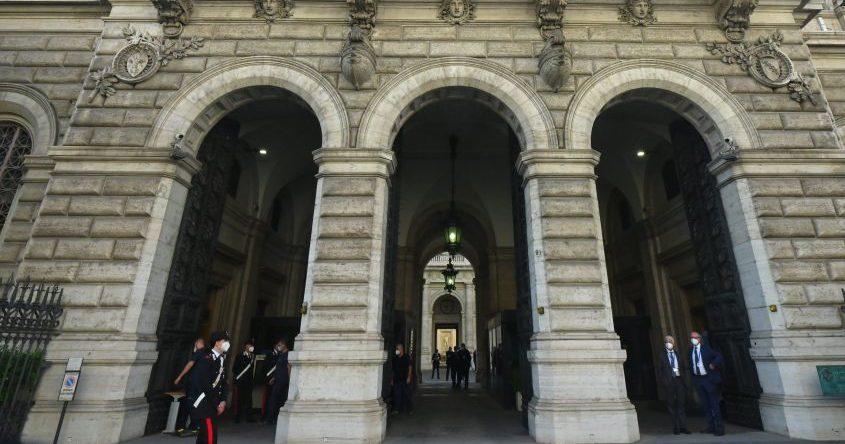 Bankitalia, nuovo record del debito pubblico a giugno